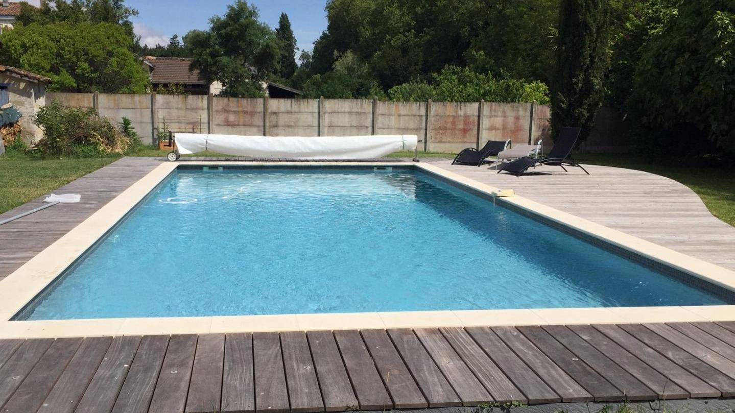 accessoire piscine bordeaux
