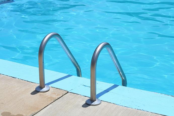 accessoire piscine echelle