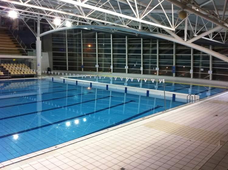 accessoire piscine istres