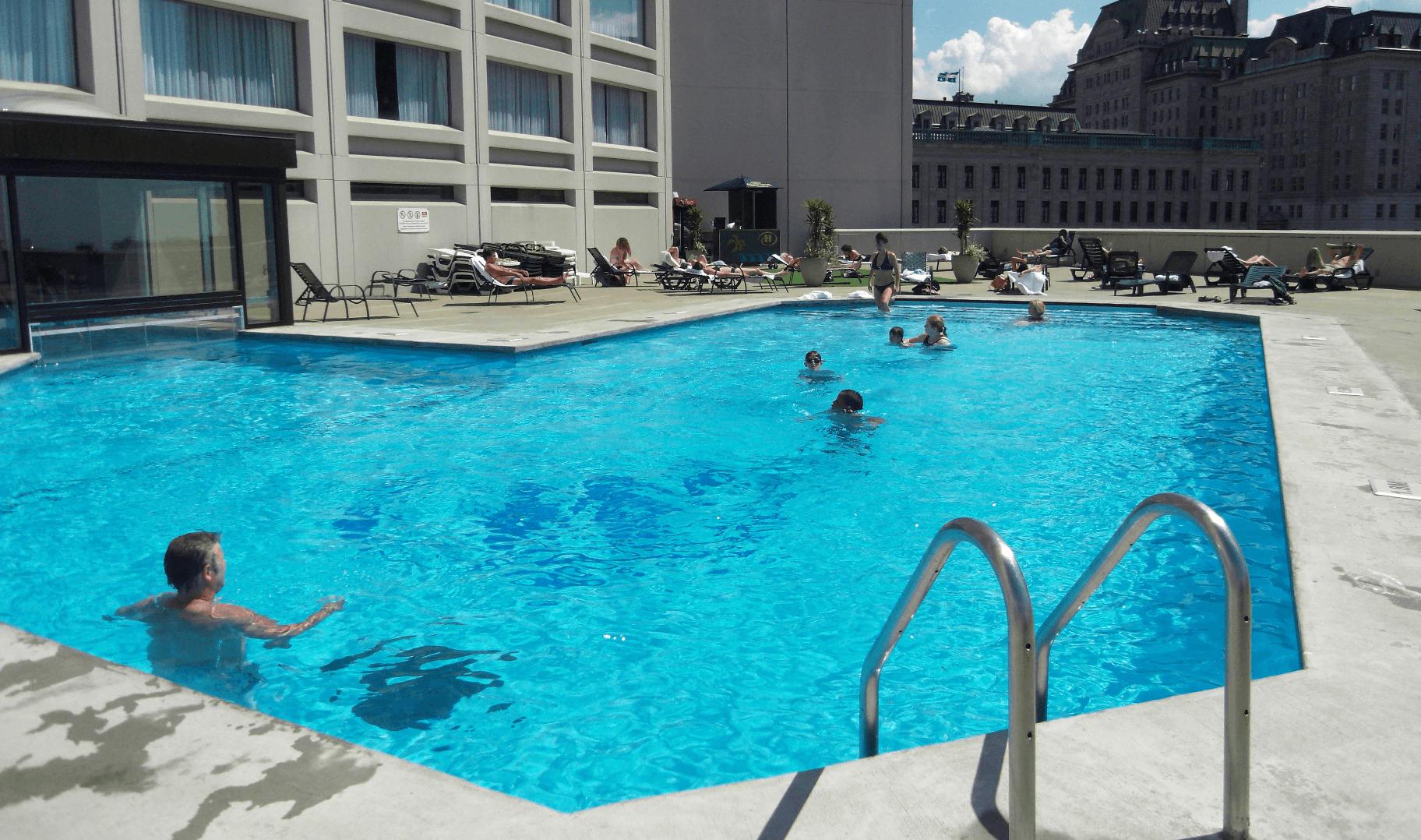 accessoire piscine quebec