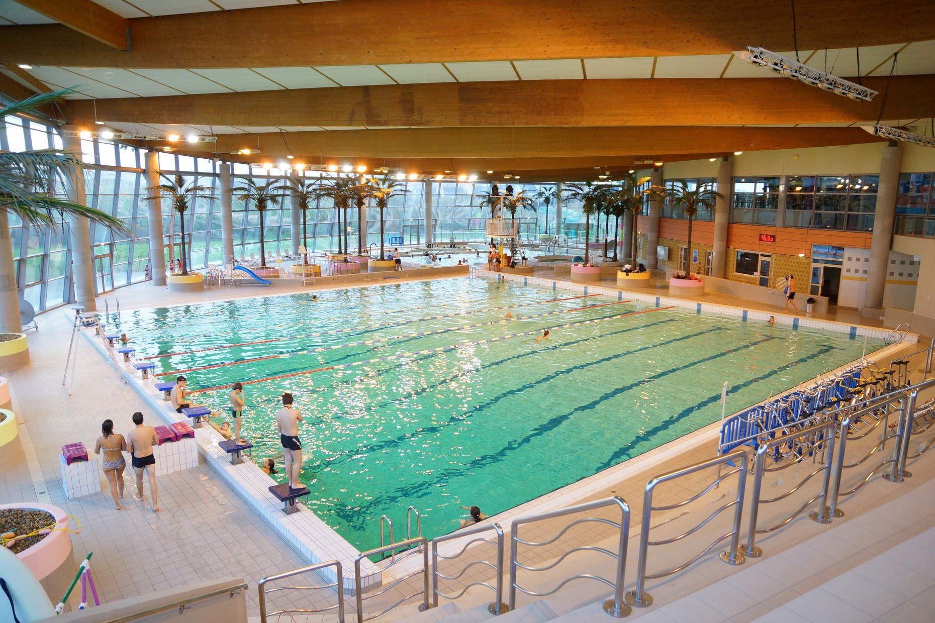 Accessoire piscine saint ouen l 39 aumone - Piscine poperinge ...