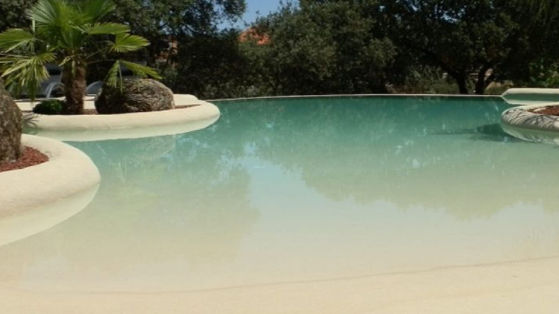 alarme piscine lagon. Black Bedroom Furniture Sets. Home Design Ideas