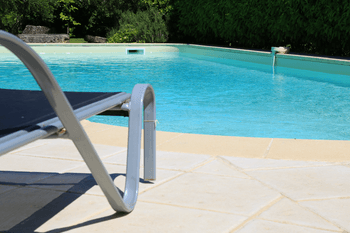 alarme piscine legislation. Black Bedroom Furniture Sets. Home Design Ideas