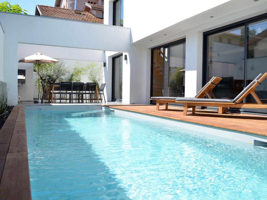aspirateur piscine a louer