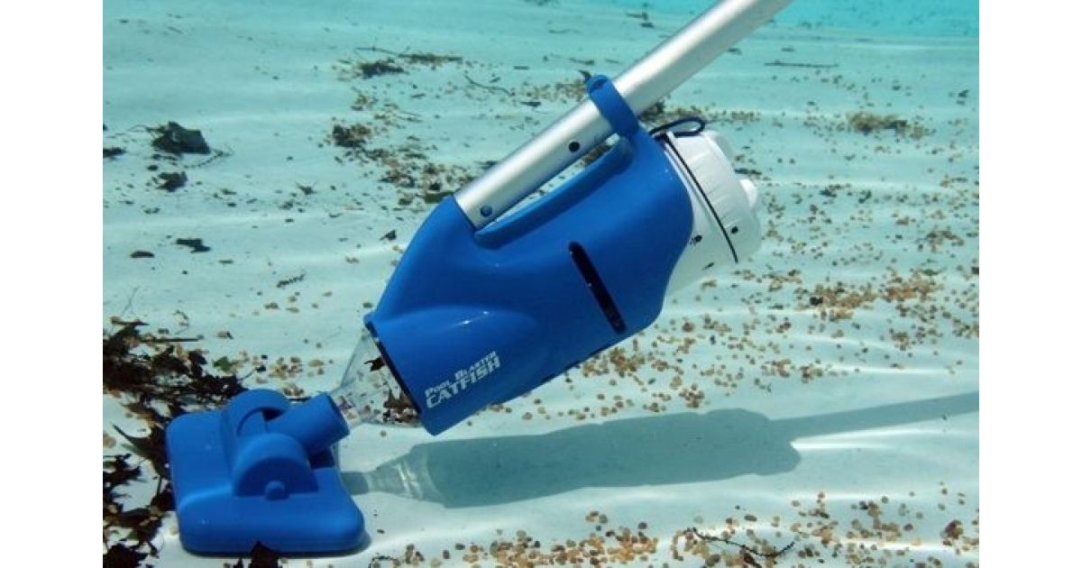 aspirateur piscine autonome