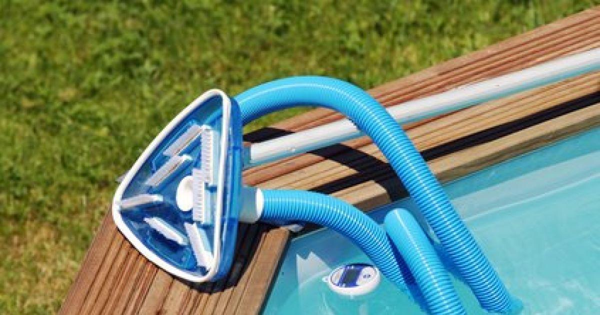 aspirateur piscine creusee