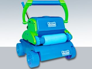 aspirateur piscine kayak
