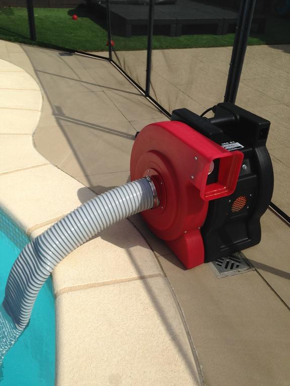 aspirateur piscine liner
