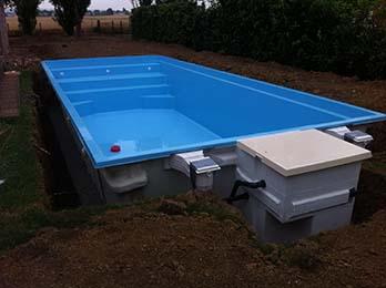 filtration piscine integree