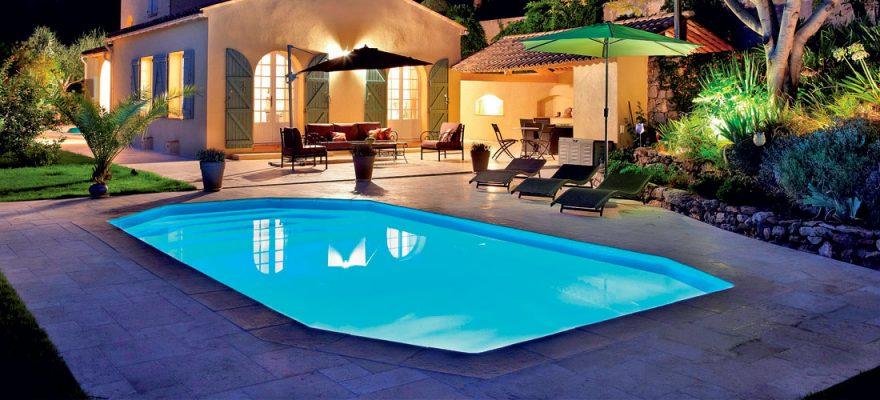 filtration piscine la nuit