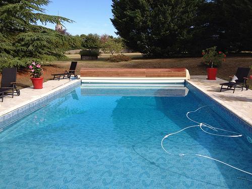 accessoire piscine angouleme