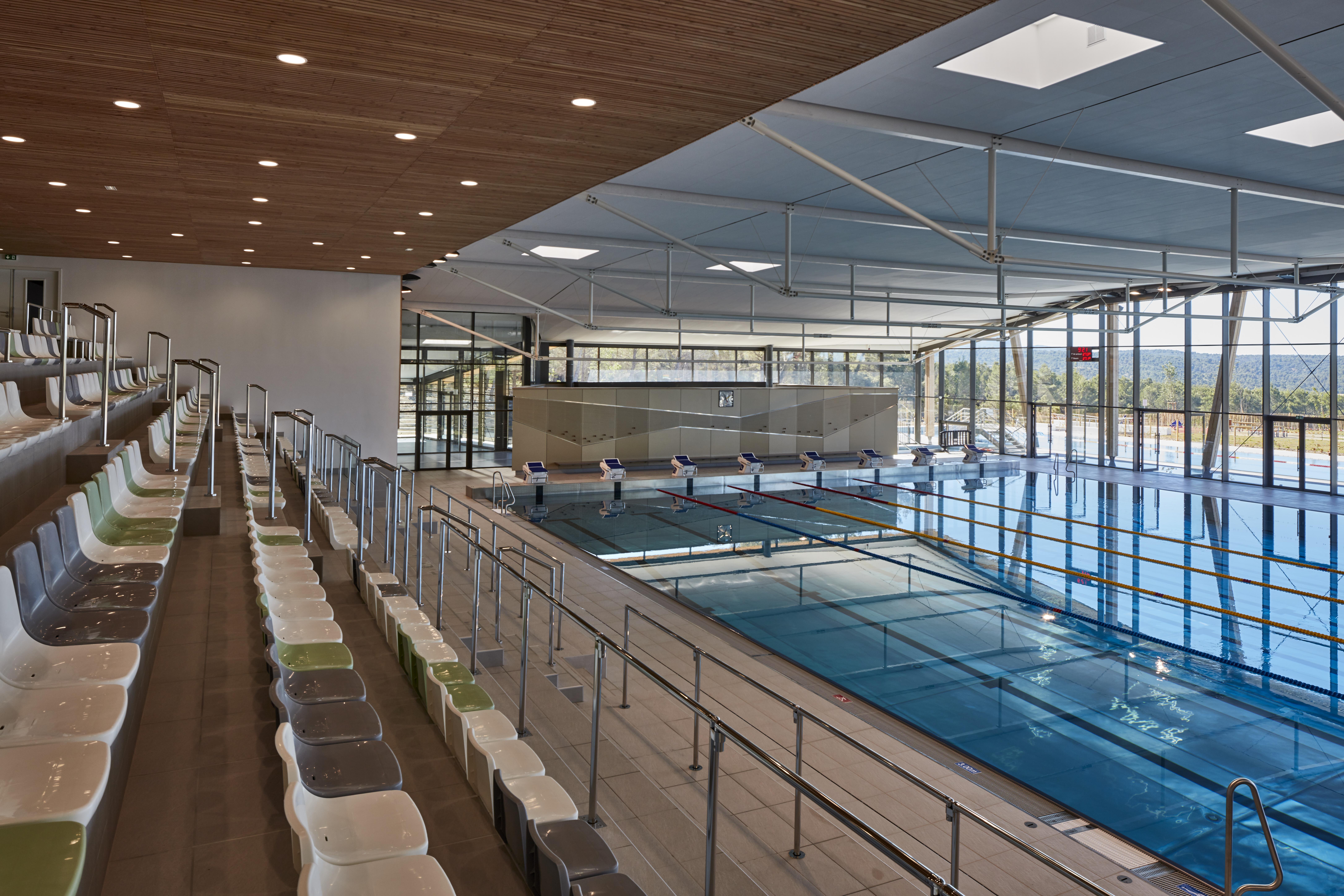 accessoire piscine venelles