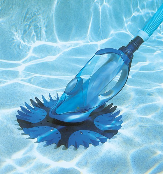 aspirateur piscine baracuda