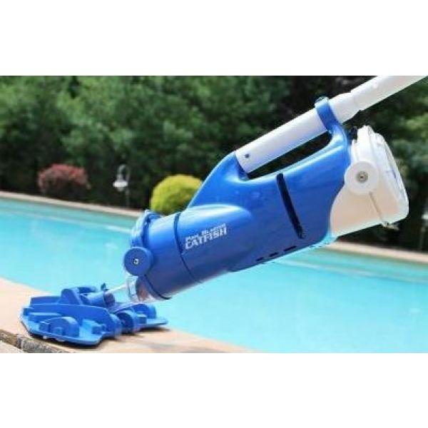 aspirateur piscine de marque watertech - modele catfish