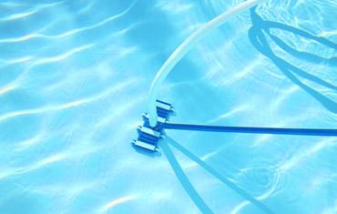 aspirateur piscine portable
