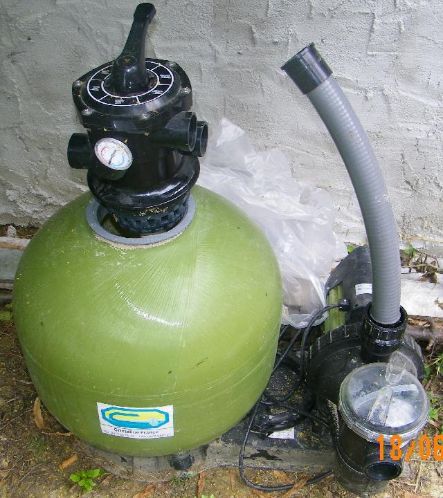 filtration piscine cristaline