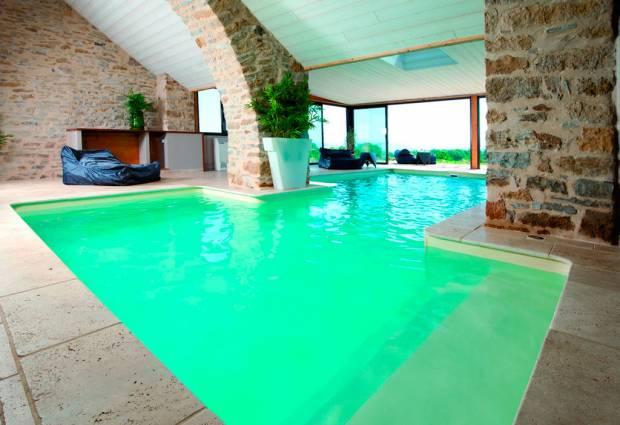 filtration piscine interieure